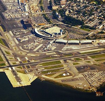 laguardia airport overview